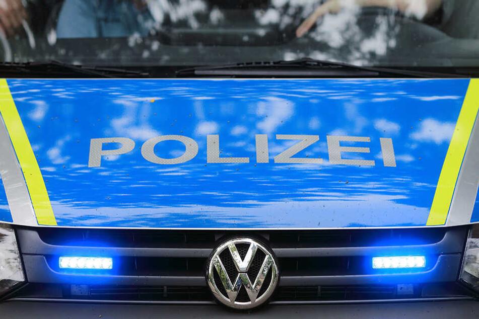Die Polizei fahndet öffentlich nach dem Täter.