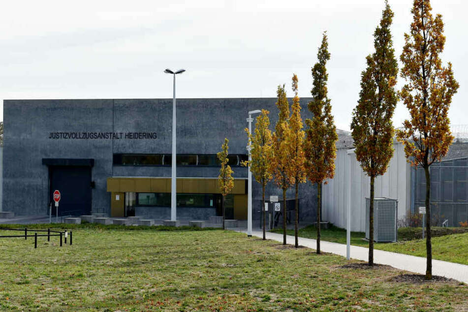 Im Gefängnis Heidering wurde ein Mann zusammengeschlagen und schwer verletzt (Symbolbild).