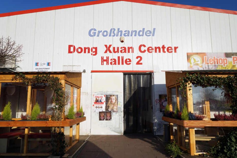 Beim Dong Xuan Center soll es sich um einen Anlaufpunkt für Schleuserfahrten handeln.