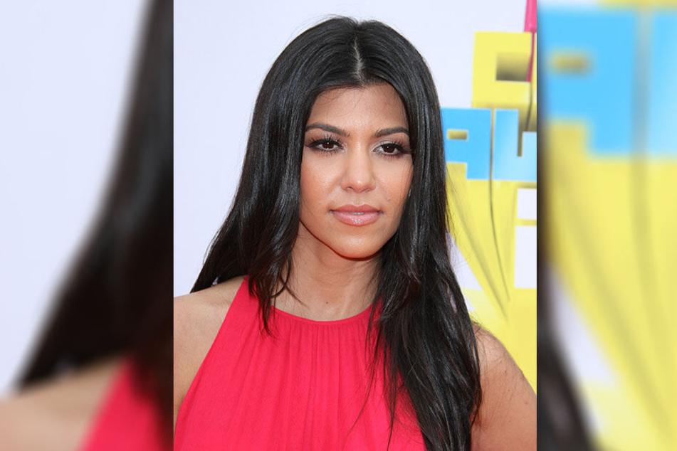 Kourtney Kardashian (38) - Schwester von KIm Kardashian (39).