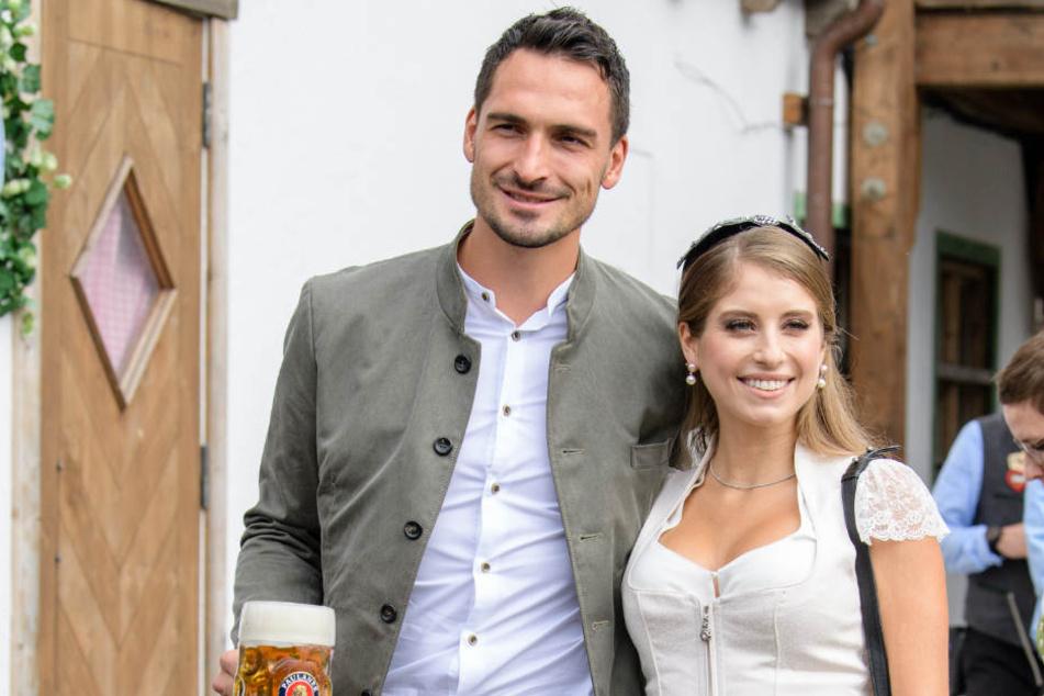 Wenn Cathy nicht gerade für Aufregung sorgt, glänzt sie an der Seite von Ehemann und Fußballer-Profi Mats Hummels (29).