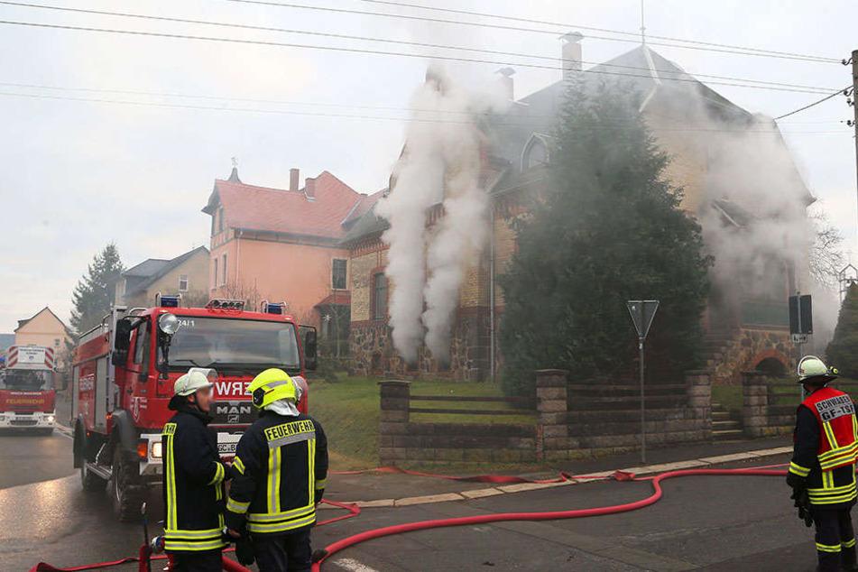 Verheerender Brand in Heizungskeller: 10.000 Euro Schaden