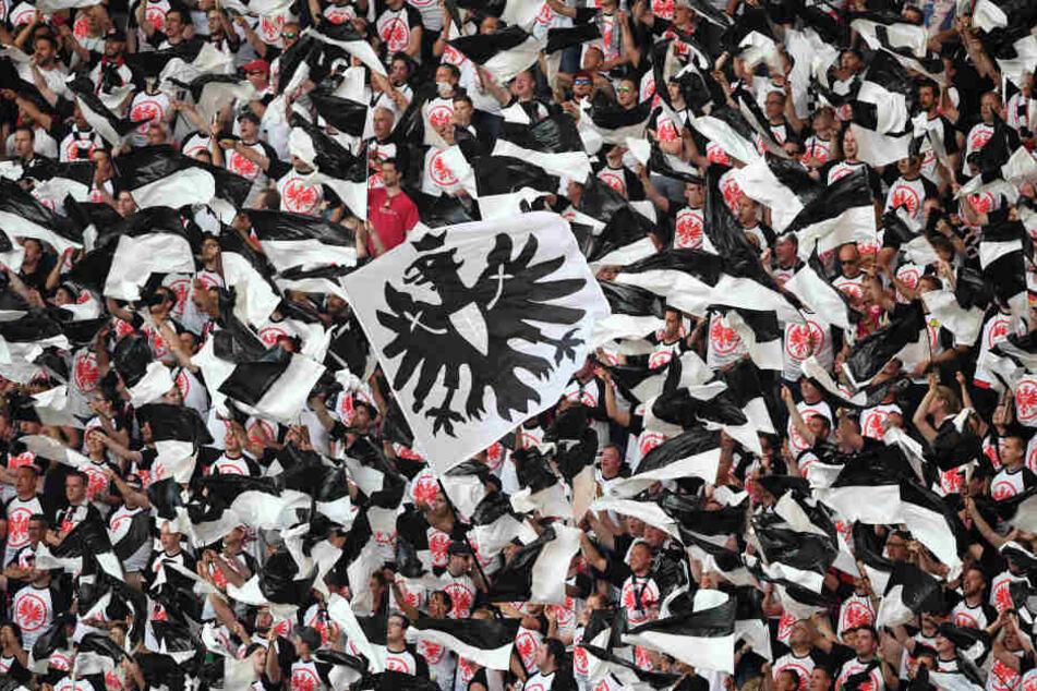 Die Frankfurter Anhänger wollen ihren Protest im Stadion austragen.