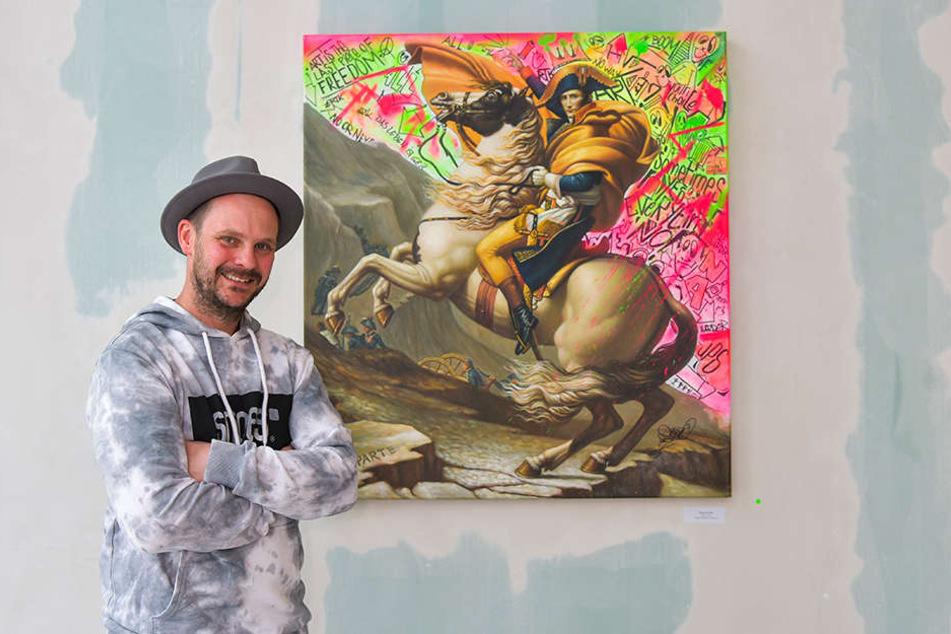 Freut sich auf seine erste Ausstellung in Dresden: Künstler René Turrek (41), der auch das brasilianische Supemodel Adriana Lima (37) groß in Szene setzte.