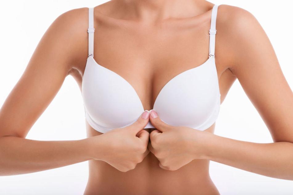 Frauen machen häufig Fehler, wenn es um ihre BHs geht.