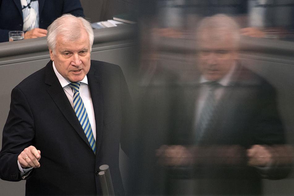 Bundesinnenminister Horst Seehofer (CSU) sieht das Vertrauen in das Bamf in Bremen beschädigt.