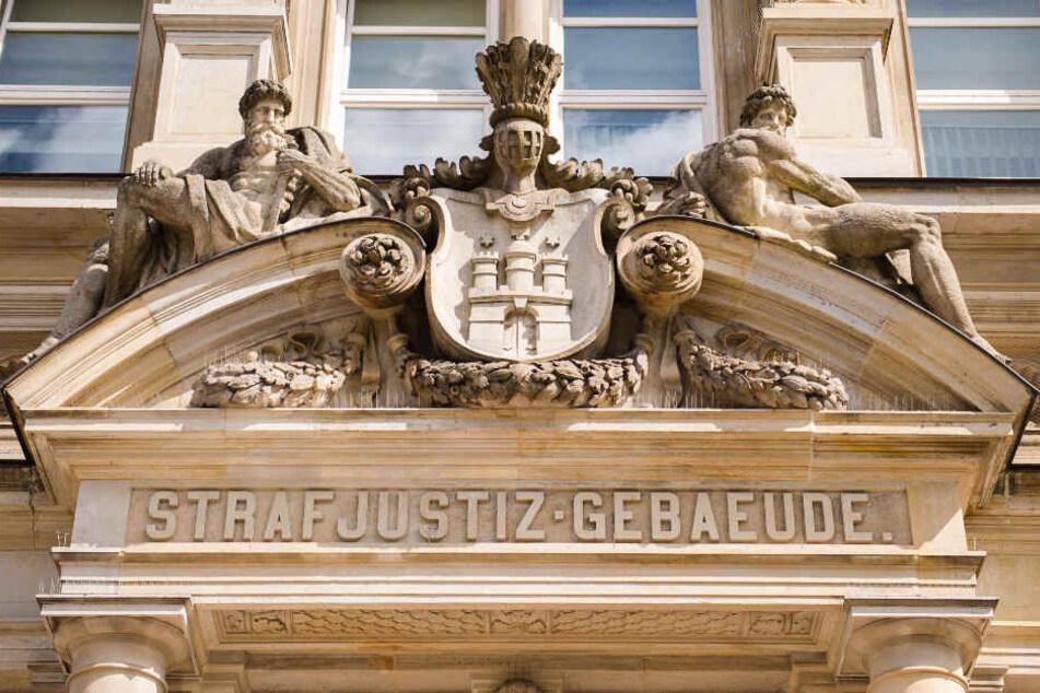 Der Fall wird vor dem Landgericht Hamburg verhandelt.