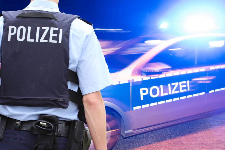 Eine Polizeistreife eilte sofort zu dem Haus in Frankfurt-Eschersheim (Symbolbild)