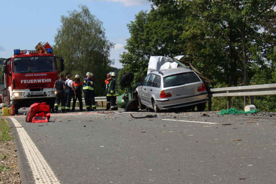 Der Traktor-Fahrer starb einige Stunden später im Krankenhaus an seinen Verletzungen.
