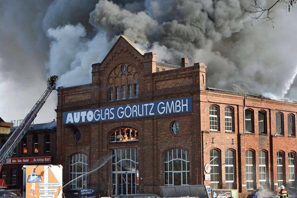 Das alte Industriegebäude brannte im Februar lichterloh.