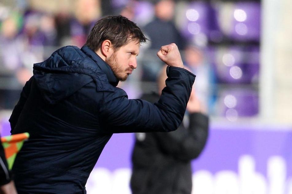 Voller Power und voller Optimismus: FCE-Trainer Hannes Drews will mit seinen Mannen am Samstag drei Punkte in Sandhausen einfahren.