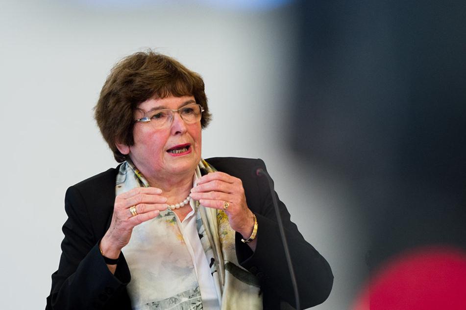 Spricht von systematischen Manipulationen und Richtlinienverstößen. Anne-Gret Rinder, Chefin der Prüfungskommission.
