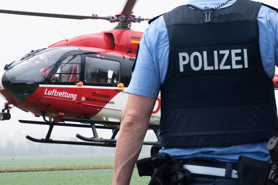 Ein Rettungshubschrauber kam nach dem Unfall zum Einsatz, doch einem tödlich verletzten Biker war nicht mehr zu helfen (Symbolbild).