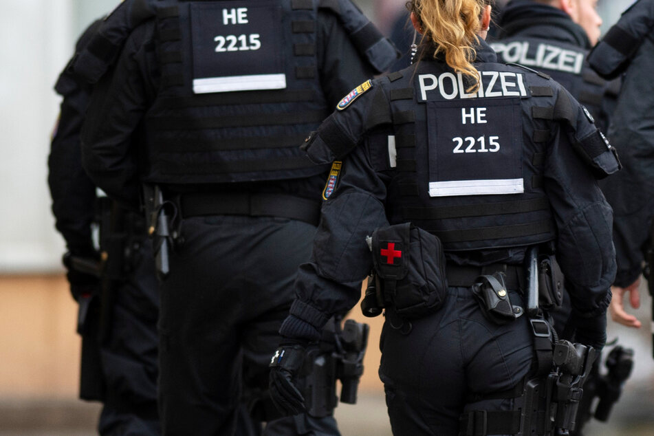 Der rassistische Anschlag von Hanau mit mehrere Toten wurde im Verfassungsschutzbericht den rechtsextremistischen Gewalttaten zugeschlagen. (Symbolbild)