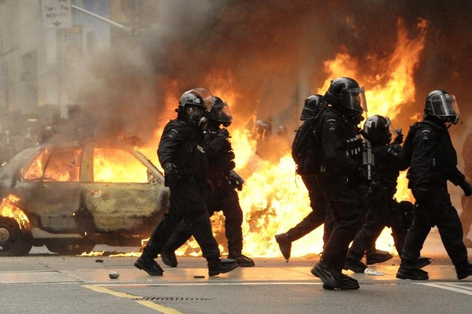 Nach den Gewalttaten in Hamburg sollen nun auch in Leipzig Konsequenzen für die linke Szene folgen.
