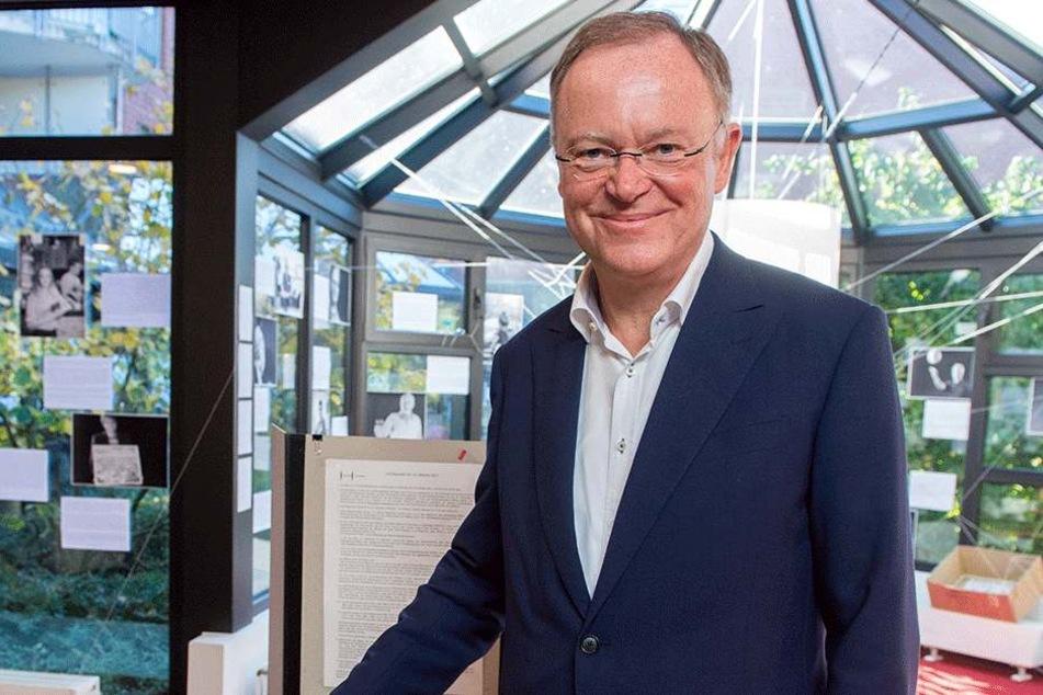 Hat die Wahl voraussichtlich knapp gewonnen: Stephan Weil (58, SPD).