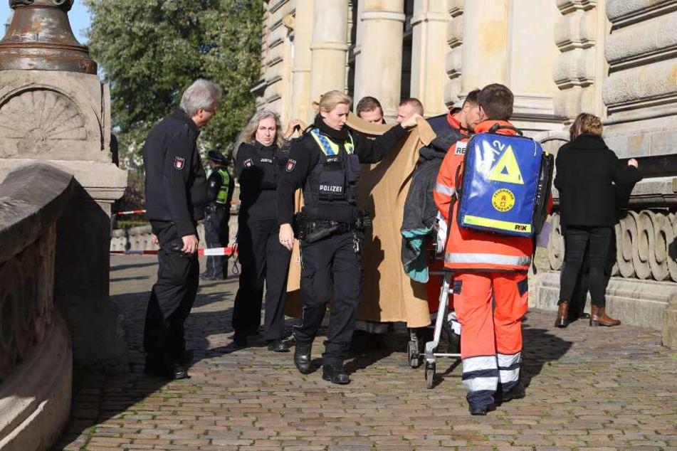 Hamburg: Mann bei Messerattacke am Landgericht verletzt