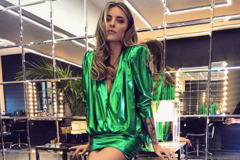 Sophia Thomalla (29) präsentiert ihren Fans diesen sexy Look.