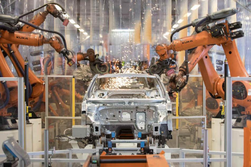In Emden wird seit etwa 50 Jahren der VW Passat gebaut.