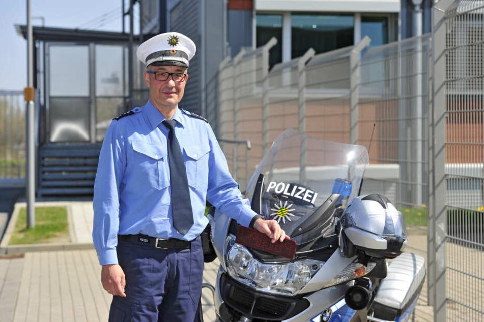 Erster Polizeihauptkommissar Sven Krahnert (50) fordert schnelleren Führerscheinentzug für Raser.