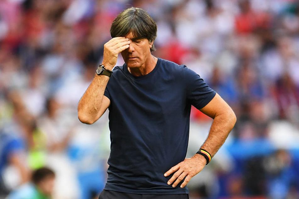 Dass er weitermacht, kam bei den Bundesligaprofis größtenteils nicht gut an: Bundestrainer Joachim Löw hätte für die Kicker nach der verpatzten WM 2018 zurücktreten sollen.