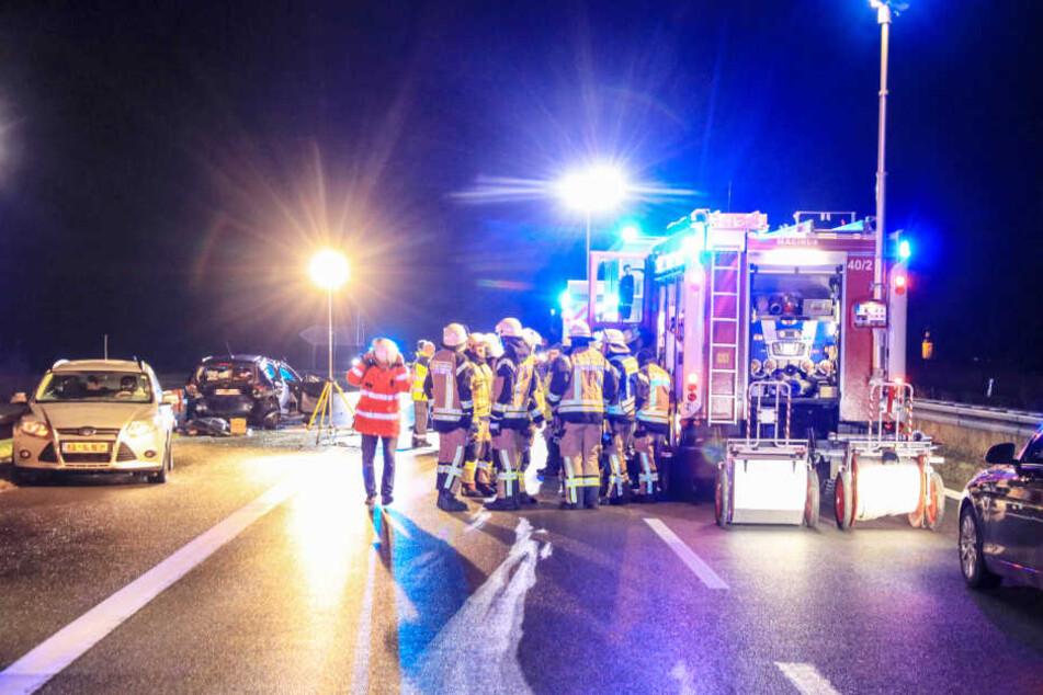 Zahlreiche Rettungskräfte waren im Einsatz.