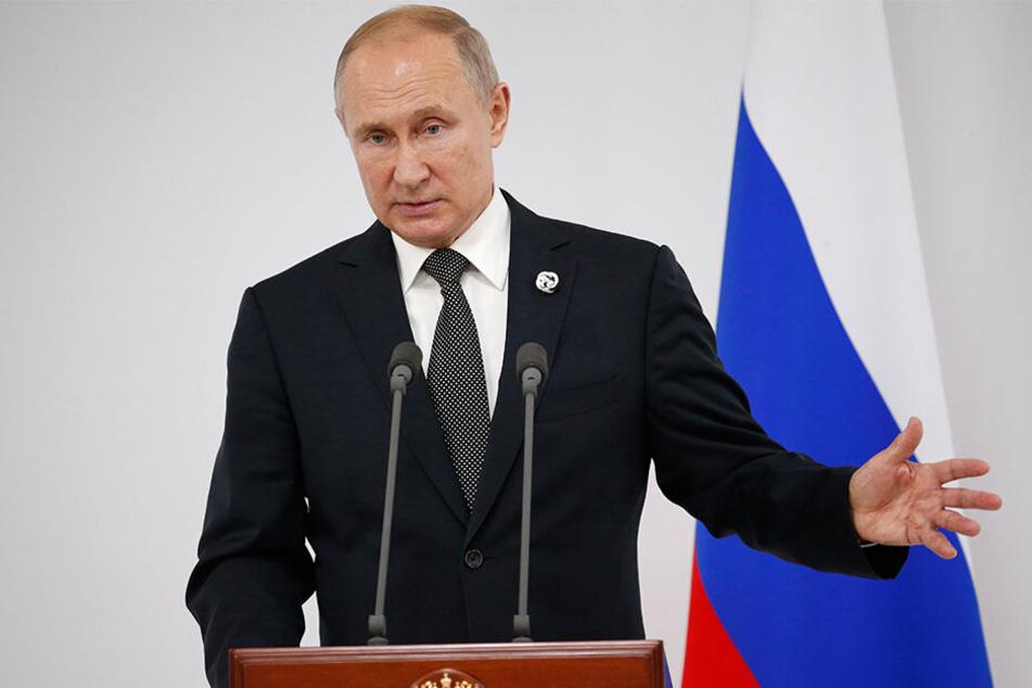 Wladimir Putin, Präsident von Russland, findet, dass Homosexualität Erziehungssache ist.