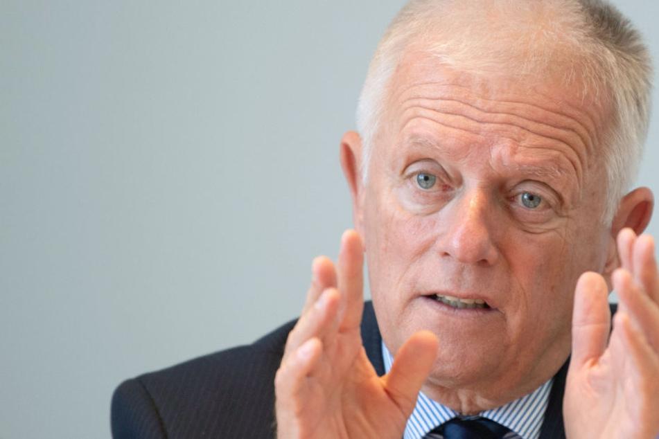 OB Kuhn will von Autofahrern Nahverkehrsabgabe kassieren