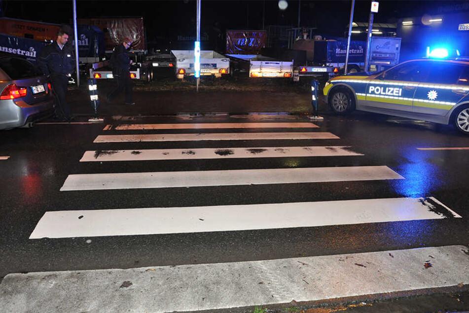 Die Fußgängerin wurde bei dem Unfall schwer verletzt. Mittlerweile ist sie außer Lebensgefahr.