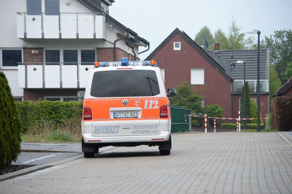 Das kleine Kind starb noch im Rettungswagen vor Ort.