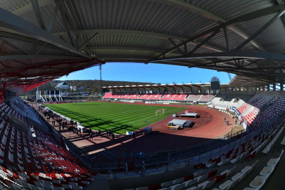 Das Steigerwaldstadion wird am 1. November übergeben.