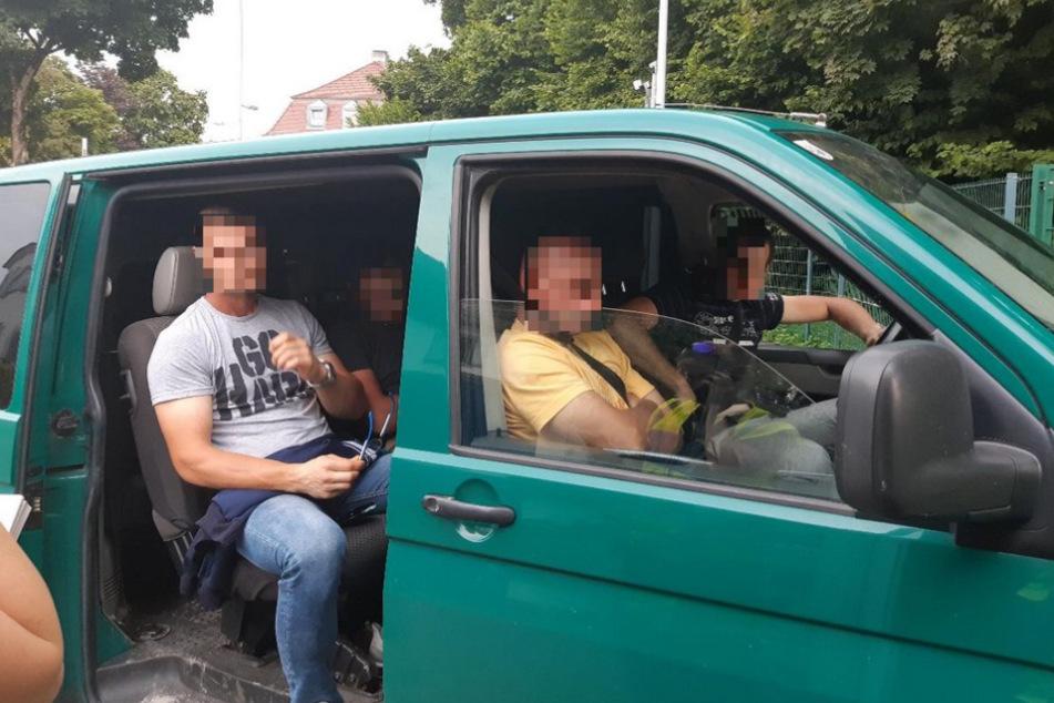 Bundespolizei verhaftet Schleuser: Auf seinem Handy werden sie auch fündig