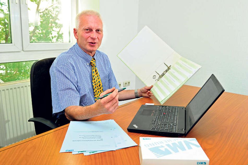 Versicherungsexperte Jens Sauer (52) rät, Rechnungen und Nachweise immer aufzuheben.