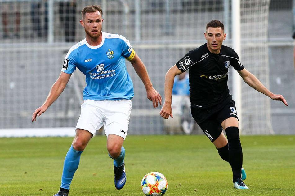 Tobias Müller klagt über Schmerzen und kann in München nicht spielen.