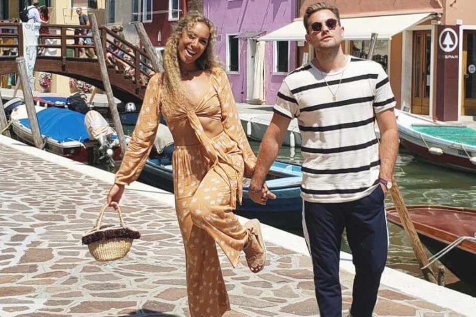 Das frisch vermählte Paar genießt die Flitterwochen in Italien.