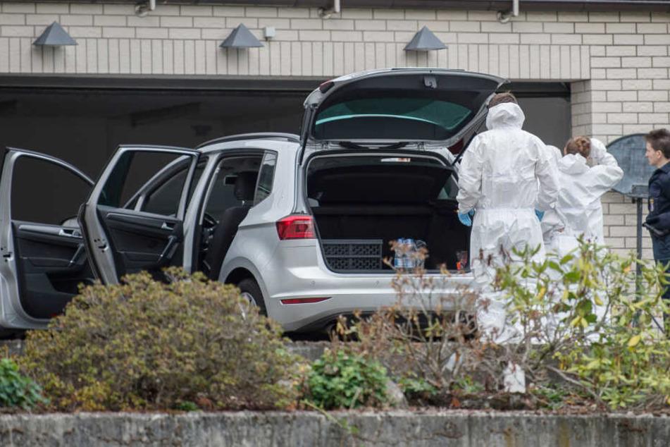 Eigene Kinder wegen Insolvenz ermordet: Ehepaar muss hinter Gitter