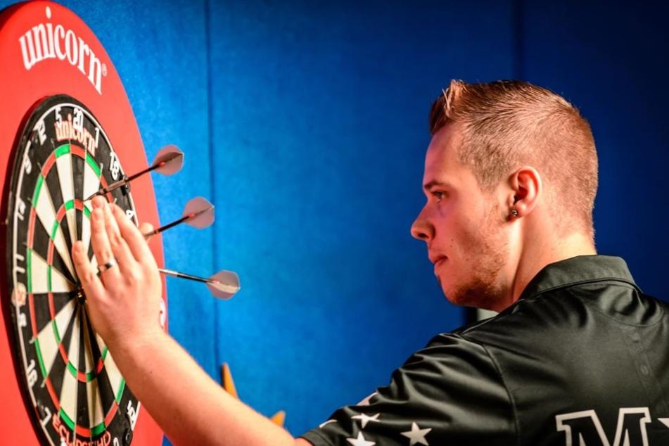 Darts-Profi Max Hopp mit historischem Erfolg