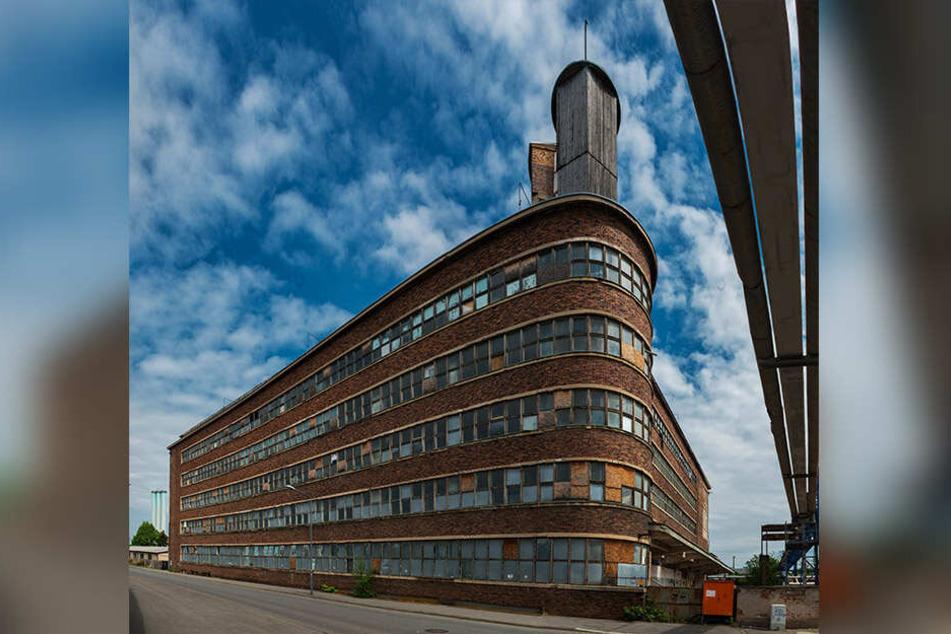 Der ehemalige Fleischverarbeitungsbetrieb gilt als architektonische Verbindung zwischen Schönheit und Nützlichkeit. Er kann bei Führungen besichtigt werden.