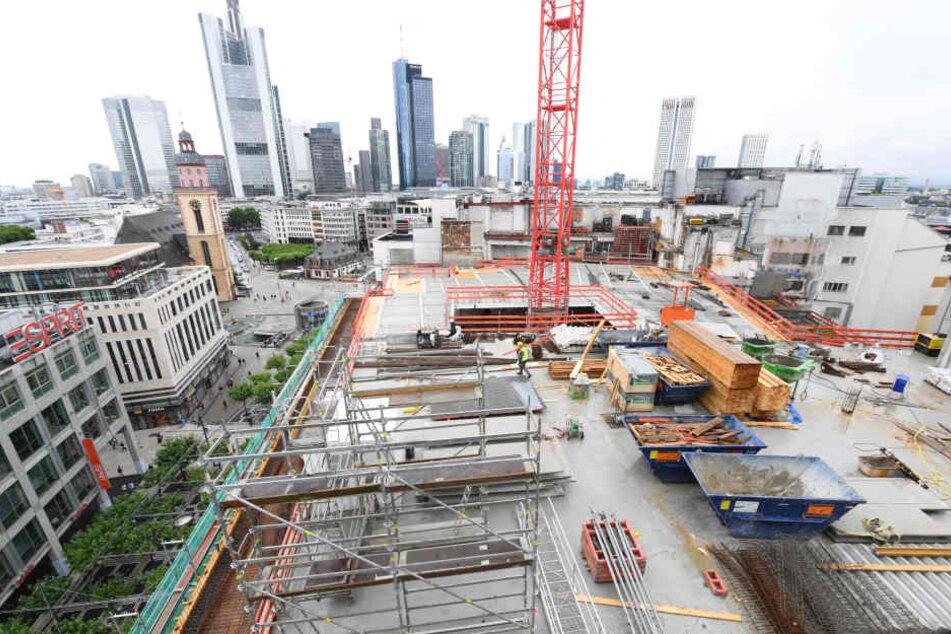 Die neue UpperZeil soll bis 2018 fertig sein und als Geschäftshaus dienen.