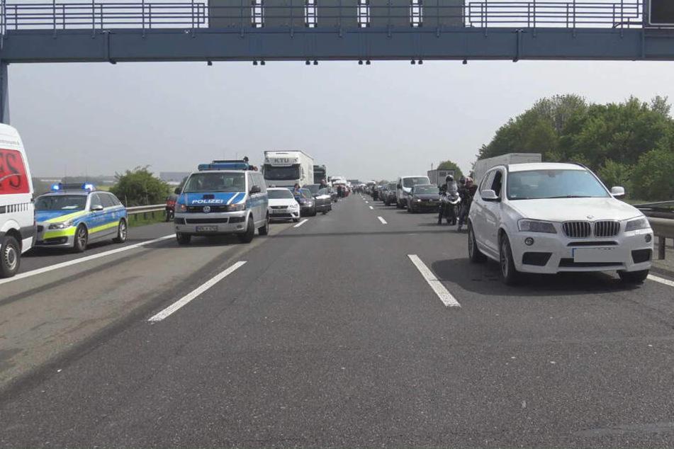 Auf der A61 südlich von Bonn bildete sich ein langer Stau.