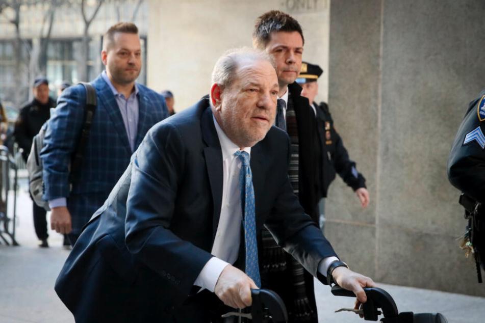 Im aufsehenerregendenden Vergewaltigungsprozess gegen Weinstein zeichnete sich eine schwierige Urteilsfindung ab.