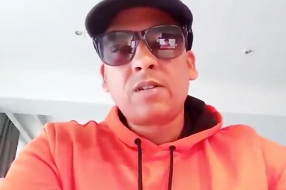 Das Bild zeigt einen Screenshot aus dem Skandal-Video von Xavier Naidoo.