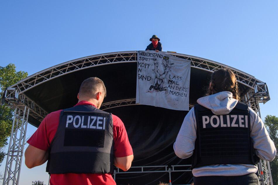 Ein A14-Gegner besetzte am Donnerstag die Veranstaltungsbühne.