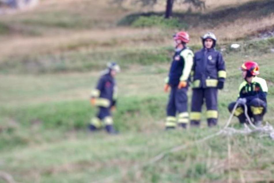 Geländewagen stürzt 200 Meter in die Tiefe: Fahrer und vier Jugendliche tot