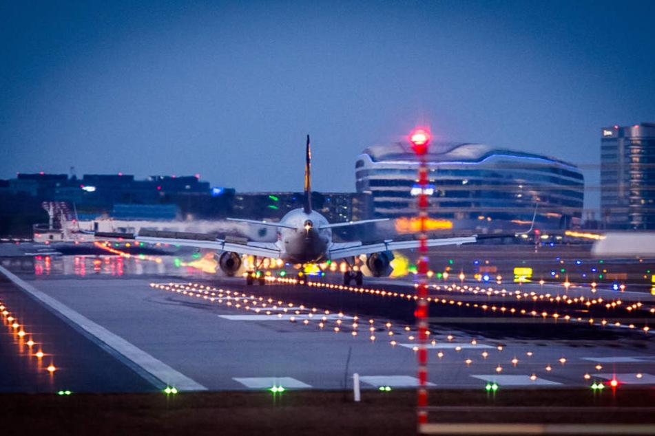 Zwischen 23 Uhr und 5 Uhr gilt in Frankfurt Nachtflugverbot.