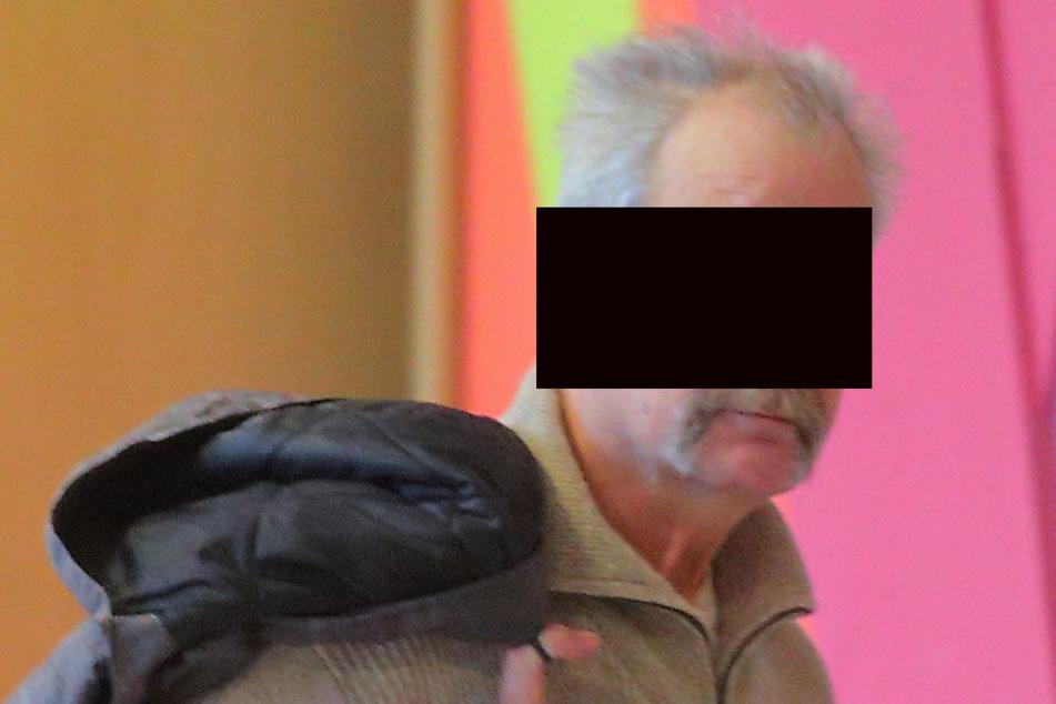 Hat sich laut Anklage nicht zum ersten Mal an einem kleinen Mädchen vergriffen: Andreas N. (63) aus Dresden.