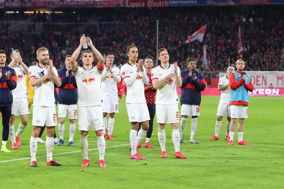 Die Leipziger holten sich von den 6000 mitgereisten Fans den verdienten Applaus ab.