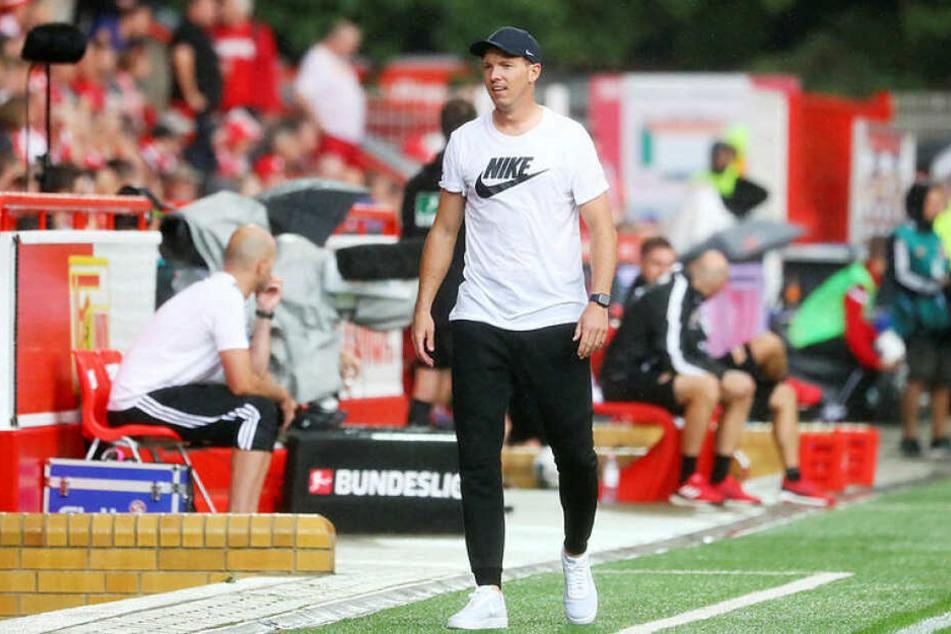 Konnte nach einem lockeren 4:0 bei Union sicher gut schlafen: RB Leipzigs neuer Trainer Julian Nagelsmann (32).