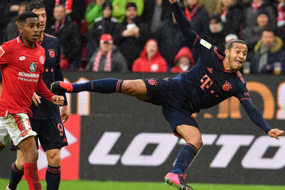 Drei Spiele, drei Treffer: Thiago Alcántara (r.) in Bestform.