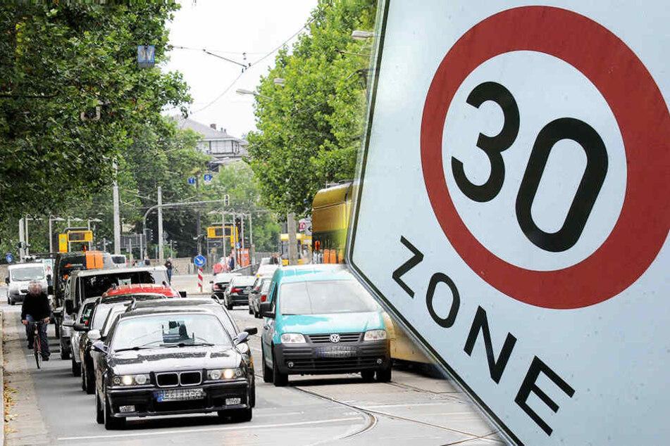 """Tempo 30 auf der """"Bautzner""""? Zoff um drohende Fahrverbote"""